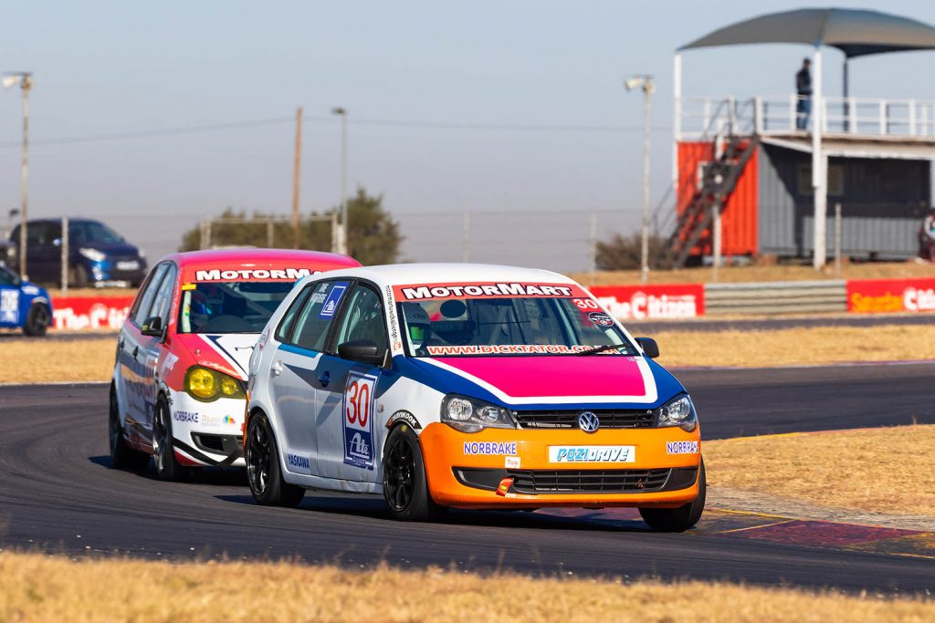 Dawie van der Merwe and Farhaan Basha fight for the lead